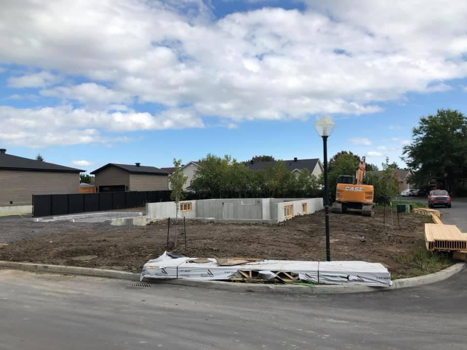 Excavation et réparation de fondations et fissures